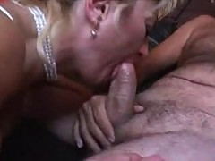 Mature woman need young eat
