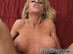 Bigtits mom fingers fucks her pussy