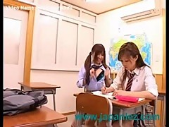Japanese schoolgirls in lesbian squirting action