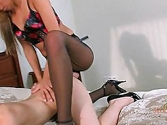Blonde lesbo lady in panythose fucks her lover with her stra...