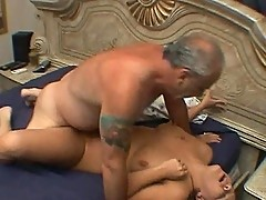 Plump chick gets dirty with old man