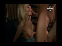 Hot Blond Milf with big Tits and three Cu ...